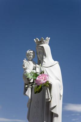 Virgin Mary, baby Jesus, statue, main cemetery, Merida, Venezuela, South America