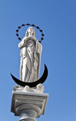 Statue, Blessed Virgin Mary, Maria Virgen de Regla, sandstone church, center, Andalusian town, Chipiona, Spain, Europe