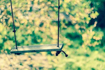 abandoned swing(/CITY)(STATE)(/STATE)
