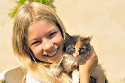 Girl with a kitty